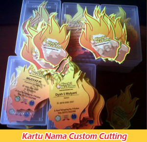 kartu nama custom cutting